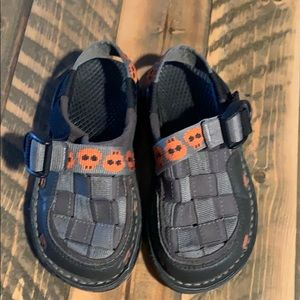 Little boys Chaco closed toe sandals